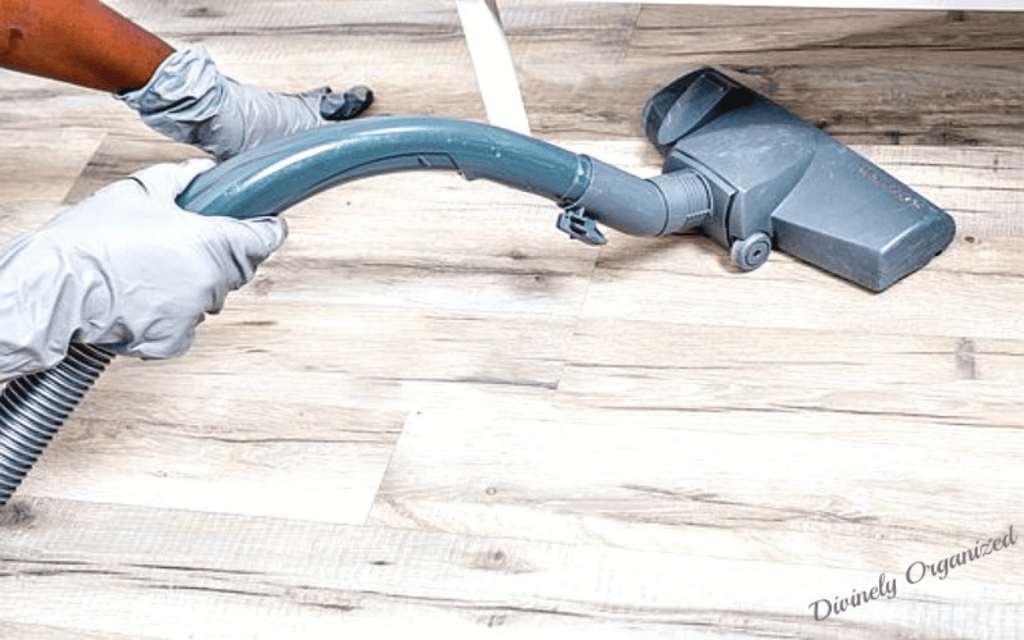 Five Reasons To Hire Professionals To Help With Spring Cleaning