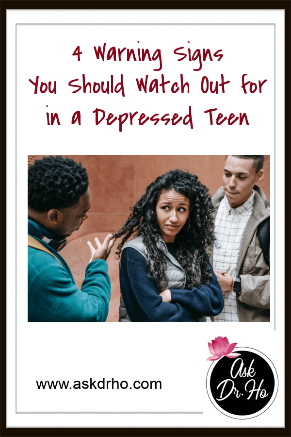 Depressed Teen and 4 Warning Signs